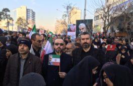 حضور پرسنل و رئیس هیئتمدیر منطقه ویژه اقتصادی پارسیان در تشییع سردار سلیمانی