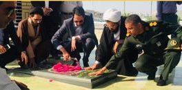 غبارروبی گلزار شهدا پارسیان در نخستین روز از هفته دولت